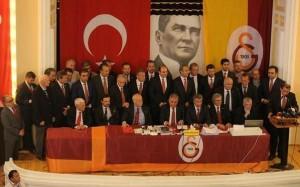 Dursun Özbek elected